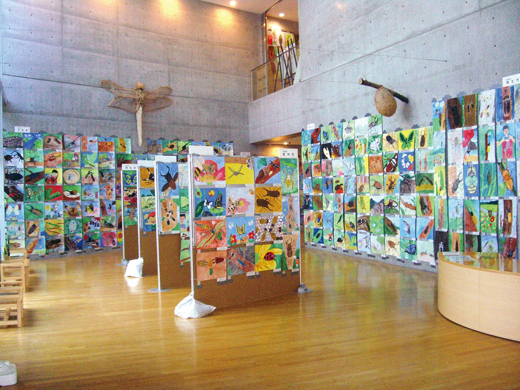 虫の絵作品展