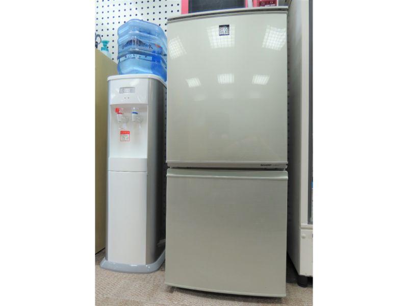 家庭用冷蔵庫の写真